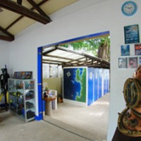 inside_diveshop_blueabyss
